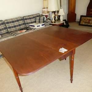 Lot # 147 - Antique Wooden Drop Leaf Gateleg Table