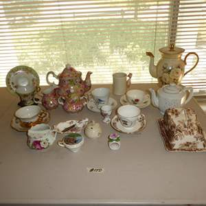 """Lot # 150 - Vintage """"Tonquin"""" Royal Staffordshire Cheese Dish, Limoges Teapot, Teacups & Fitz & Floyd """"Bird in Hand"""" Mug"""