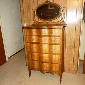 Lot # 170 - Antique Oak Serpentine 6 Drawer Dresser on Casters w/Mirror (Dovetailed Drawers)