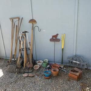 Lot # 236 - Yard Tools & Flower Pots