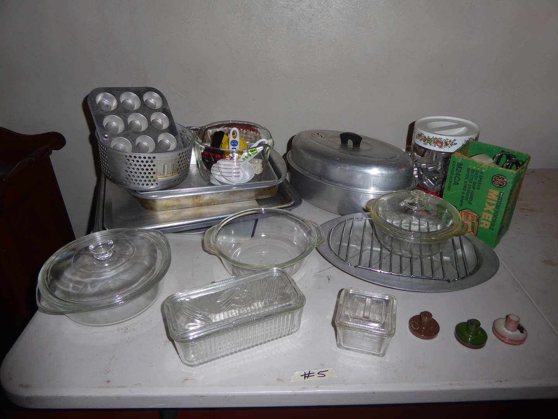 Lot # 5 - Metal & Glass Baking Pans, Mixer & Aluminum Roasting Pot  (main image)
