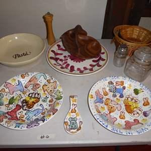 Lot # 6 - Pasta Plates, Bowls Baskets & Jars