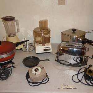 Lot # 9 - Oster Chafing Dish, Nesco Cook Ryte Fryer & More