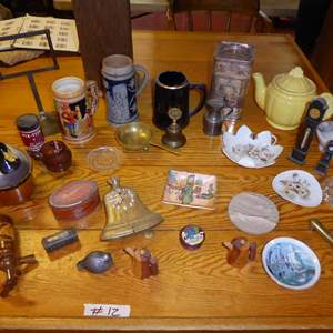 Lot # 12 - Miscellaneous Collectibles Lot