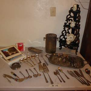 Lot # 15 - Pimpernel Place Mats & Coasters, Plated Flatware &  Serving Dishes