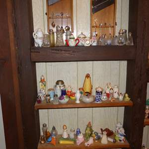 Lot # 18 - Collectible Spoons, Salt Shakers & Figurines