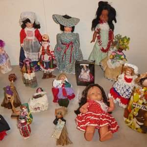 Lot # 23 - Vintage Doll Lot