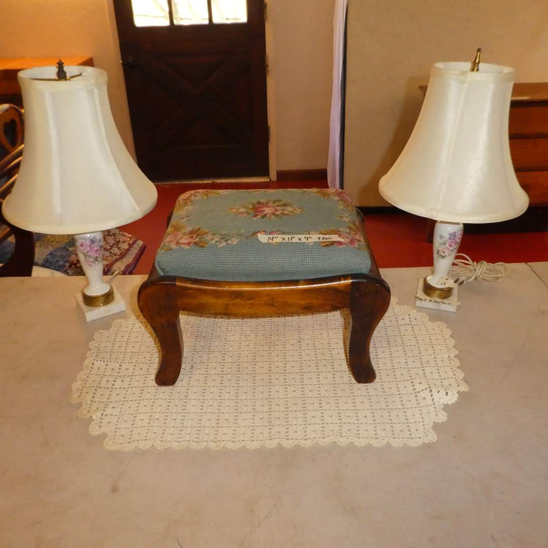 Lot # 76 - Cute Needle Point Footstool and Two Small Table Lamps (main image)
