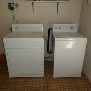 Lot # 225 - Kenmore Washer and Dryer (Electric)
