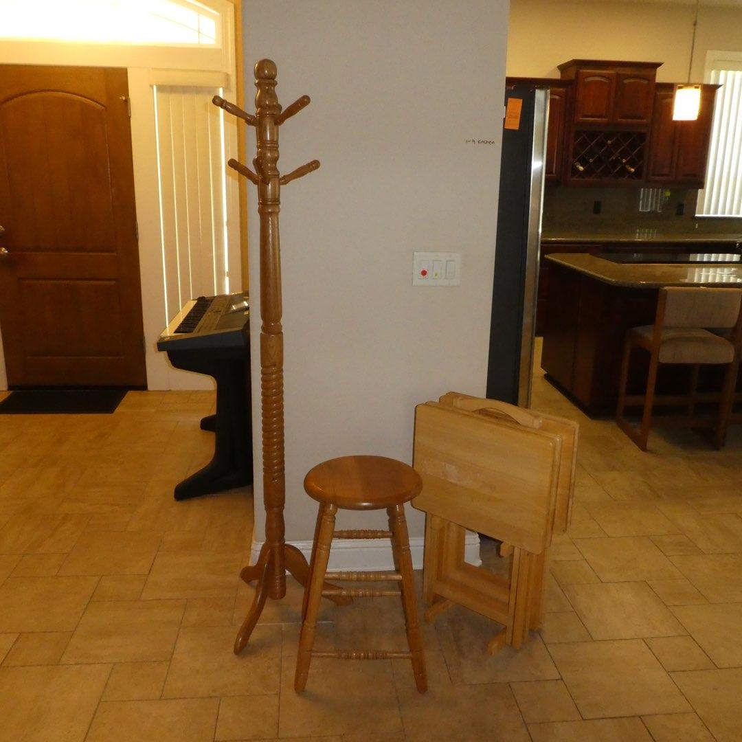 Lot # 12 - Oak Coat Rack, Bar Stool and Set of 4 TV Trays