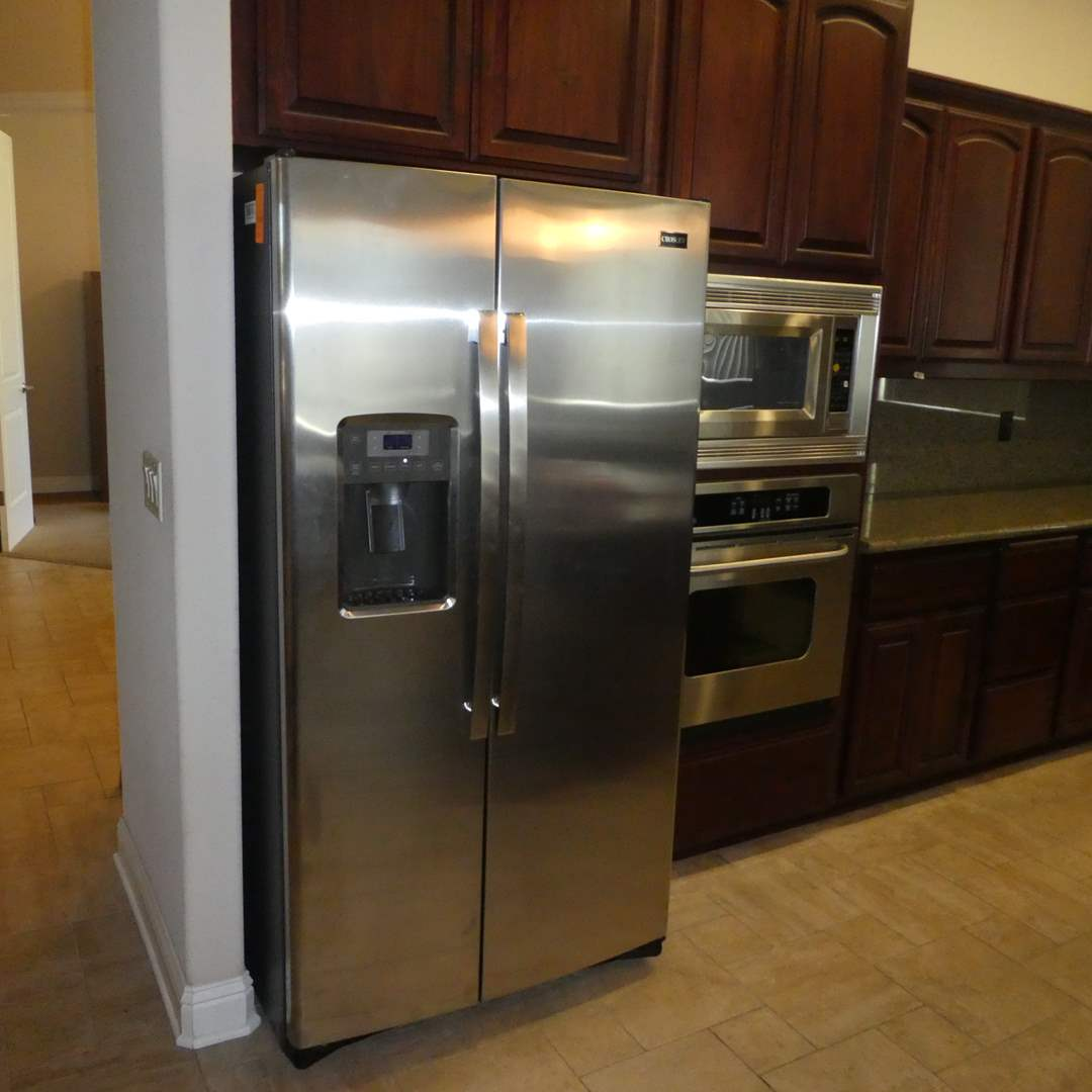 Lot # 9 - Crosley Double Door Refrigerator (Model XSS25GSHPCSS) (Very Clean Lightly Used) (main image)