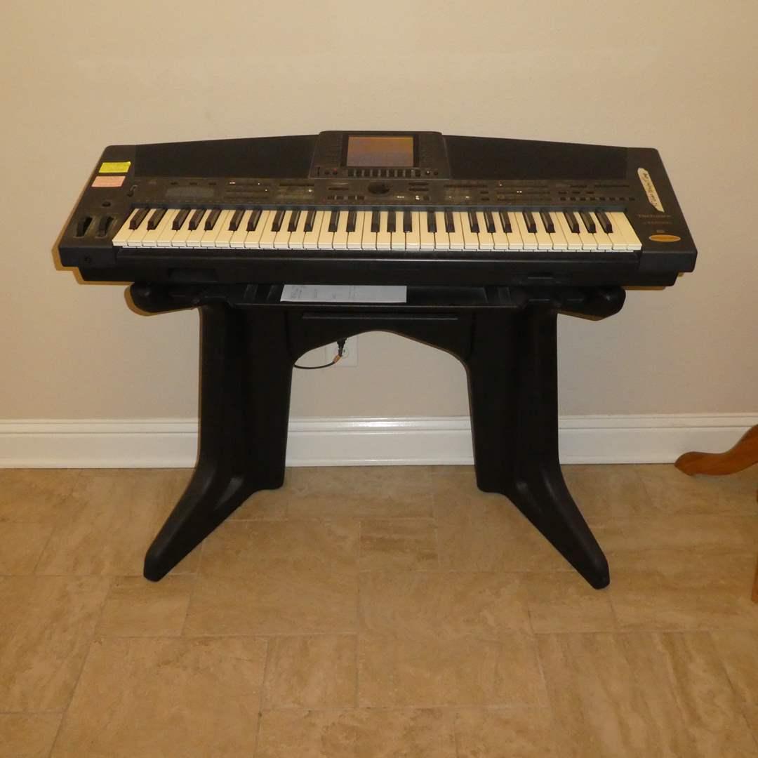Lot # 10 - Technics Electronics Keyboard (SX-KN500)(Anniversary Edition) (main image)