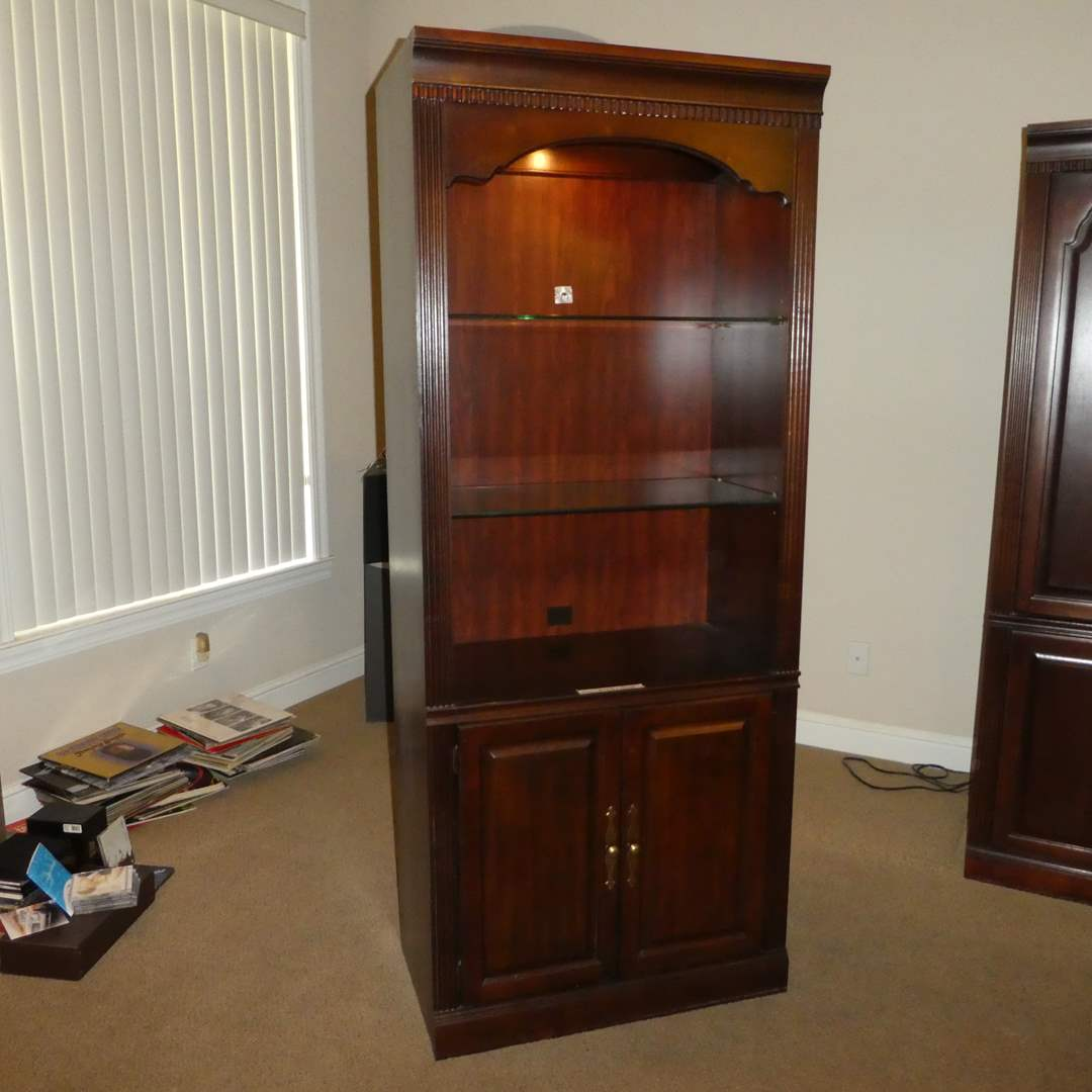 Lot # 21 - Beautiful Wood Bookcase w/ Glass Shelving (Lighted)(Lots 21,22 &23 Match can be Put Together as Large Wall Unit)