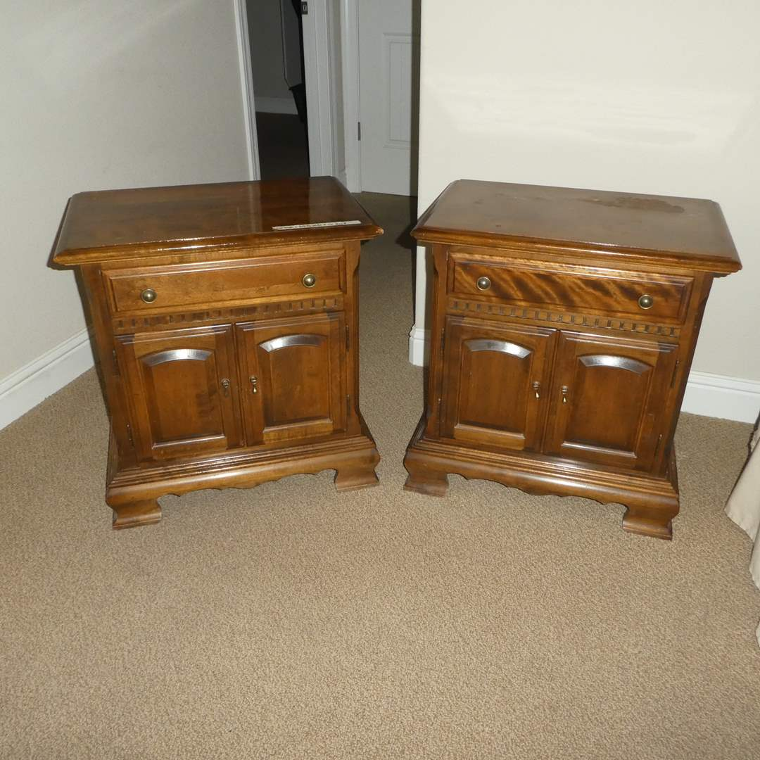 Lot # 41 - Two Ethan Allen Nightstands (Dovetail Drawers) (main image)