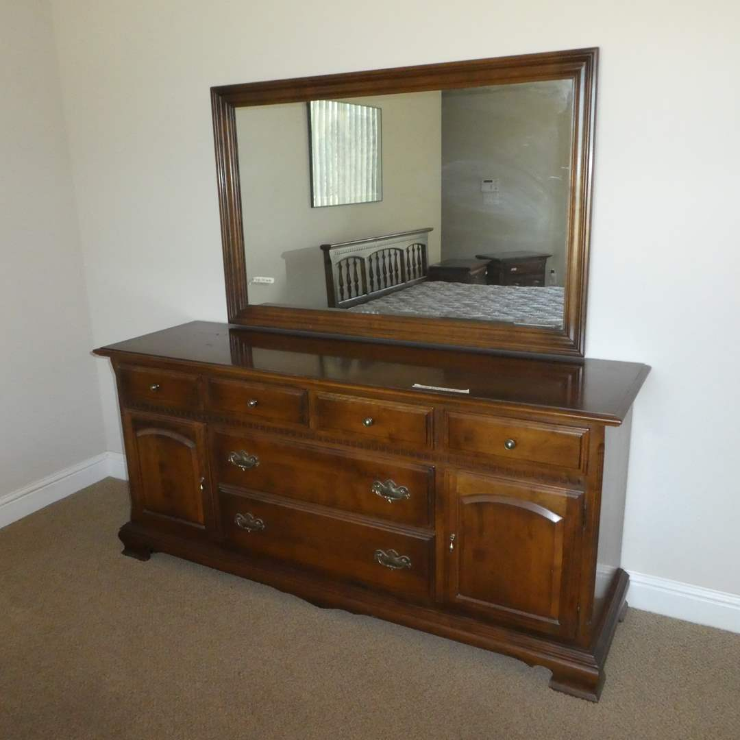 Lot # 42 - Ethan Allen Dresser and Mirror (Dovetail Drawers) (main image)