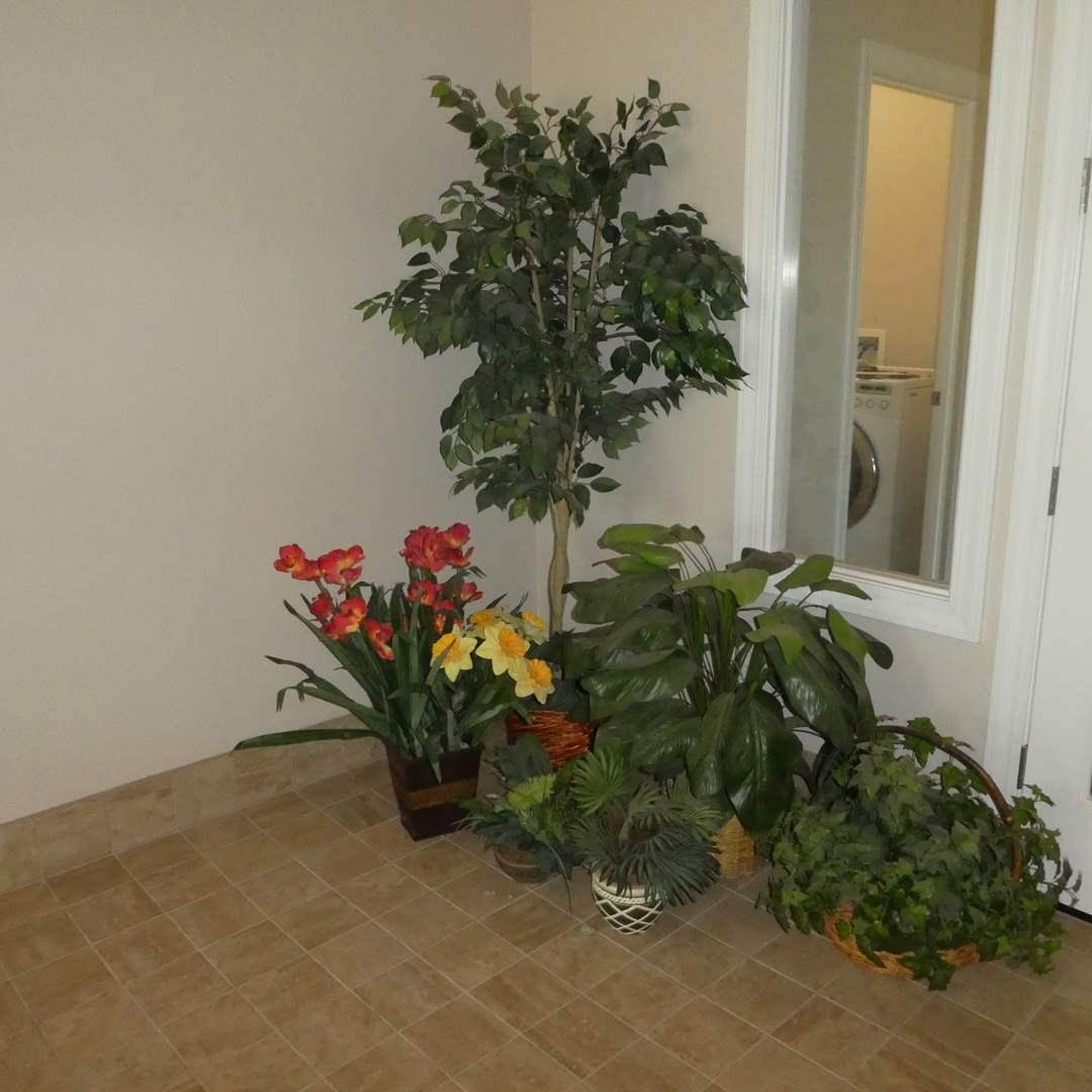 Lot # 50 - Large Lot of Artificial Plants   (main image)