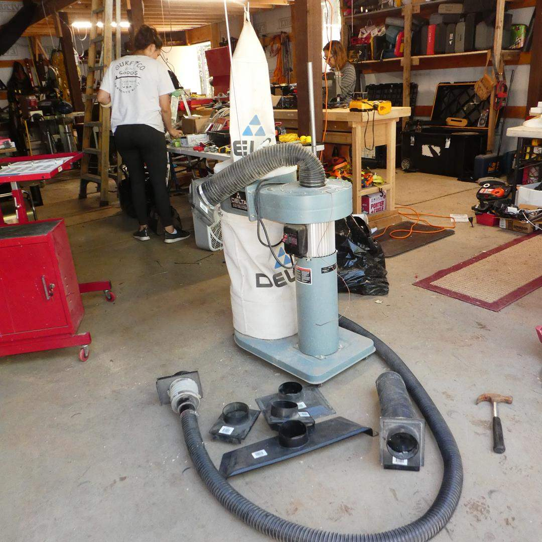 Lot # 115 - Delta Dust Collector Model 50-840 (main image)