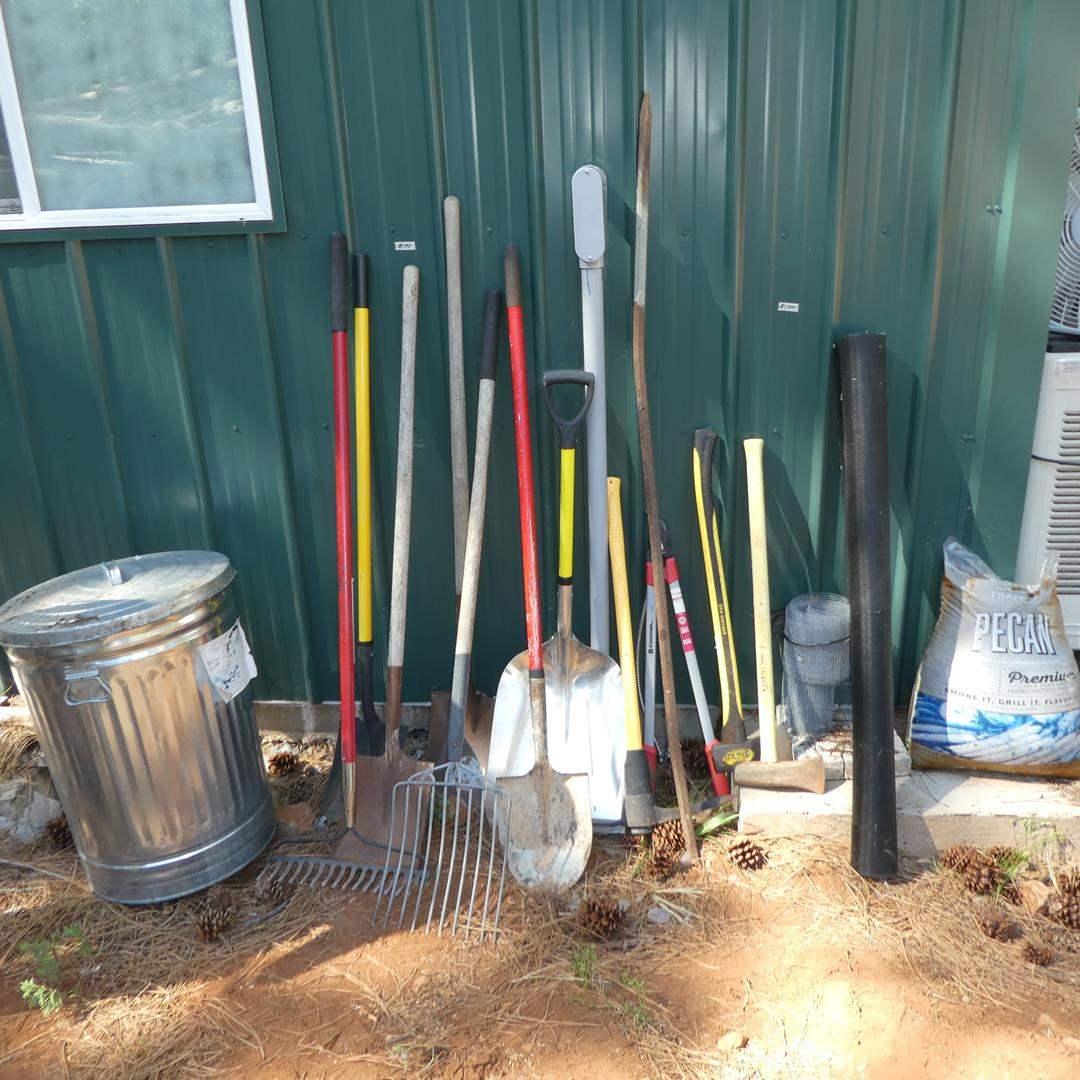 Lot # 195 - Garbage Can & Yard Tools
