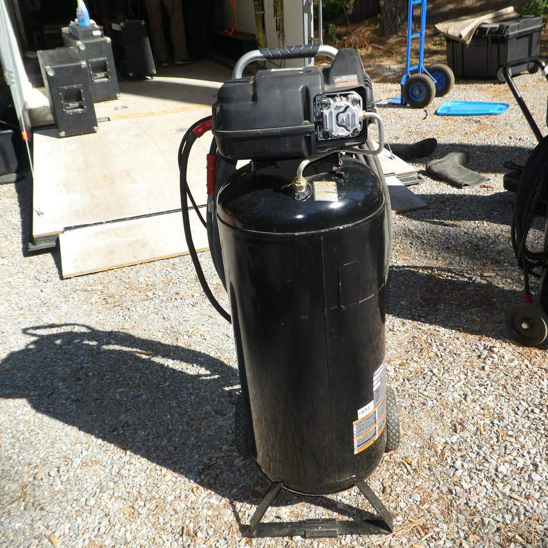 Lot # 314 - Husky 175 PSI Air Compressor (main image)