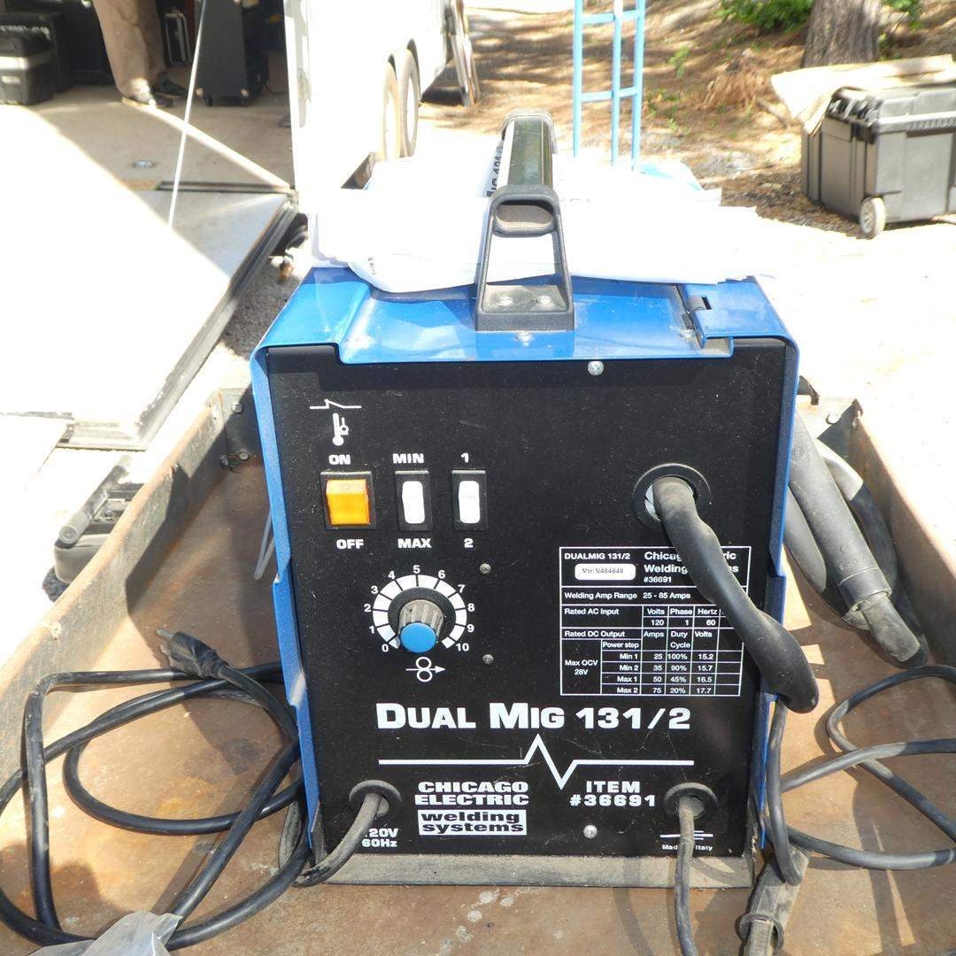 Lot # 315 - Chicago Electric Dual Mig 131/2 Welding System