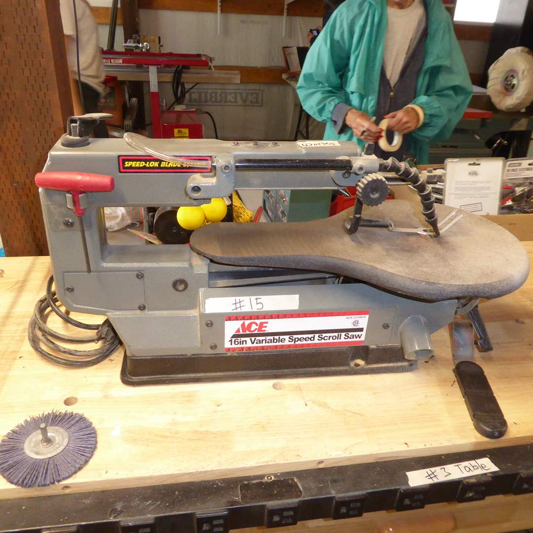 Lot # 15 - Ace Variable Speed Scroll Saw  (main image)