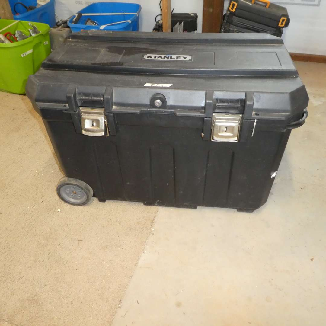 Lot # 84 - Stanley Mobile Tool Chest on Wheels