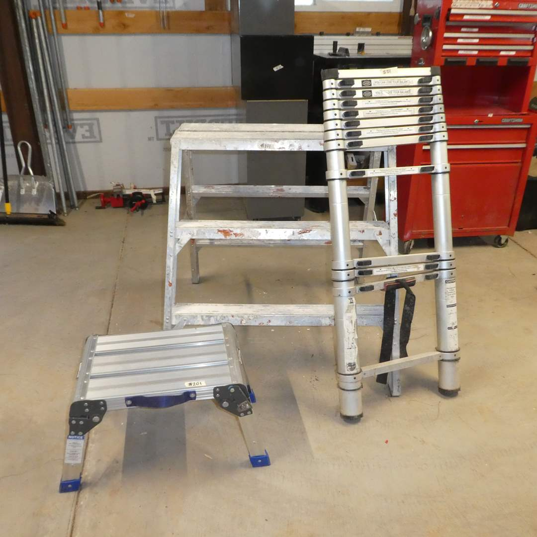 Lot # 201 - Telescope Ladder, Haul Master Working Platform and Work Bench/Saw Horse