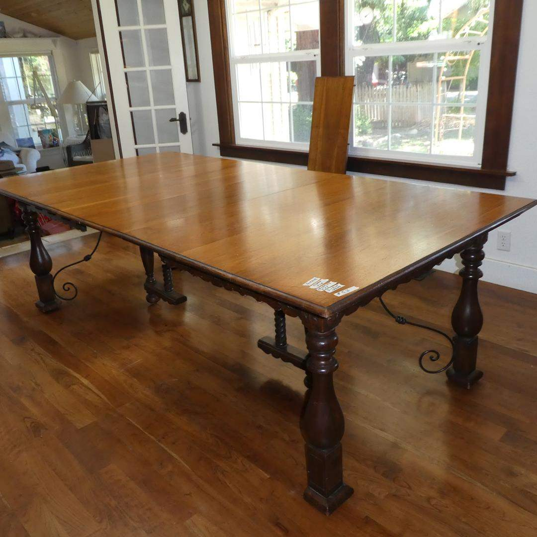 Lot # 53 - Vintage Wooden Dining Table w/Three Leaves