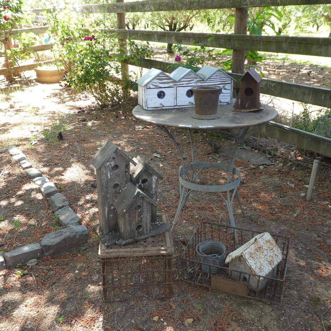 Lot # 109 - Vintage Wire Crate Baskets, Birdhouses & Metal Table w/Glass Top (main image)