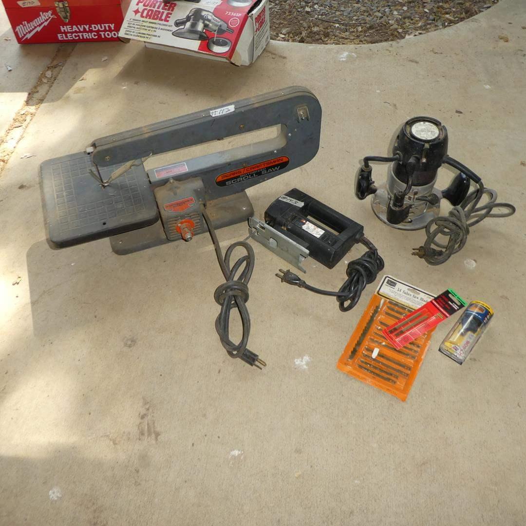 Lot # 143 - Craftsman Scroll Saw, Craftsman Router, Black & Decker Jig Saw & Saw Blades