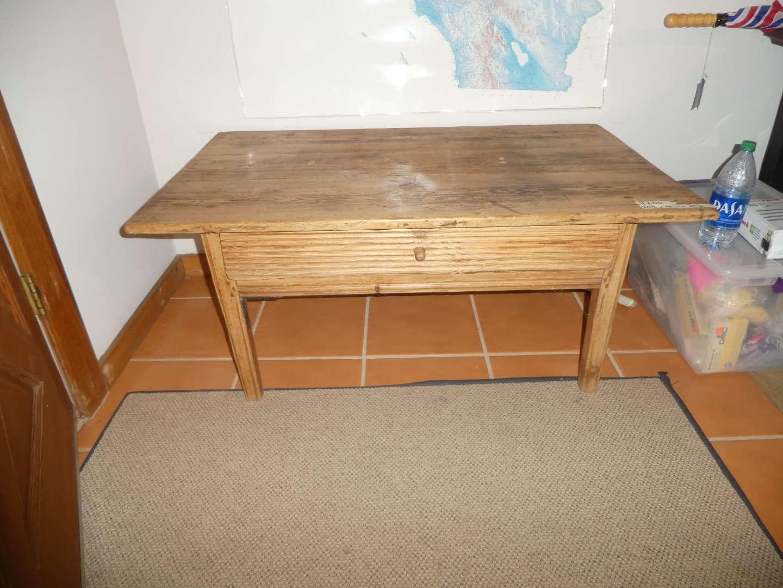 Lot # 200 -  Short Vintage Farm House Table w/ Drawer