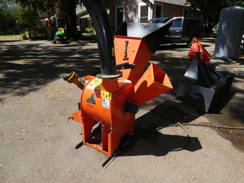Lot # 263 - Echo Bear Cat SC5540B 5-inch PTO Chipper/Shredder/Blower - Gently Used
