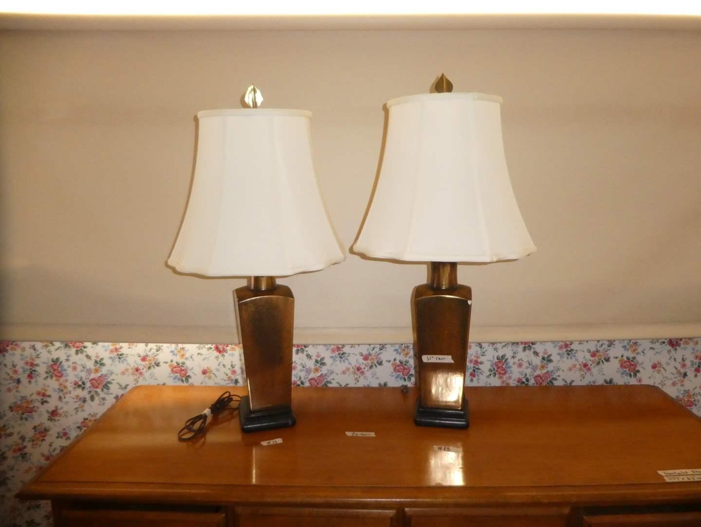 Lot # 13 - Pair of Cute Table Lamps (Ceramic Base) Gold Gilt??? (main image)