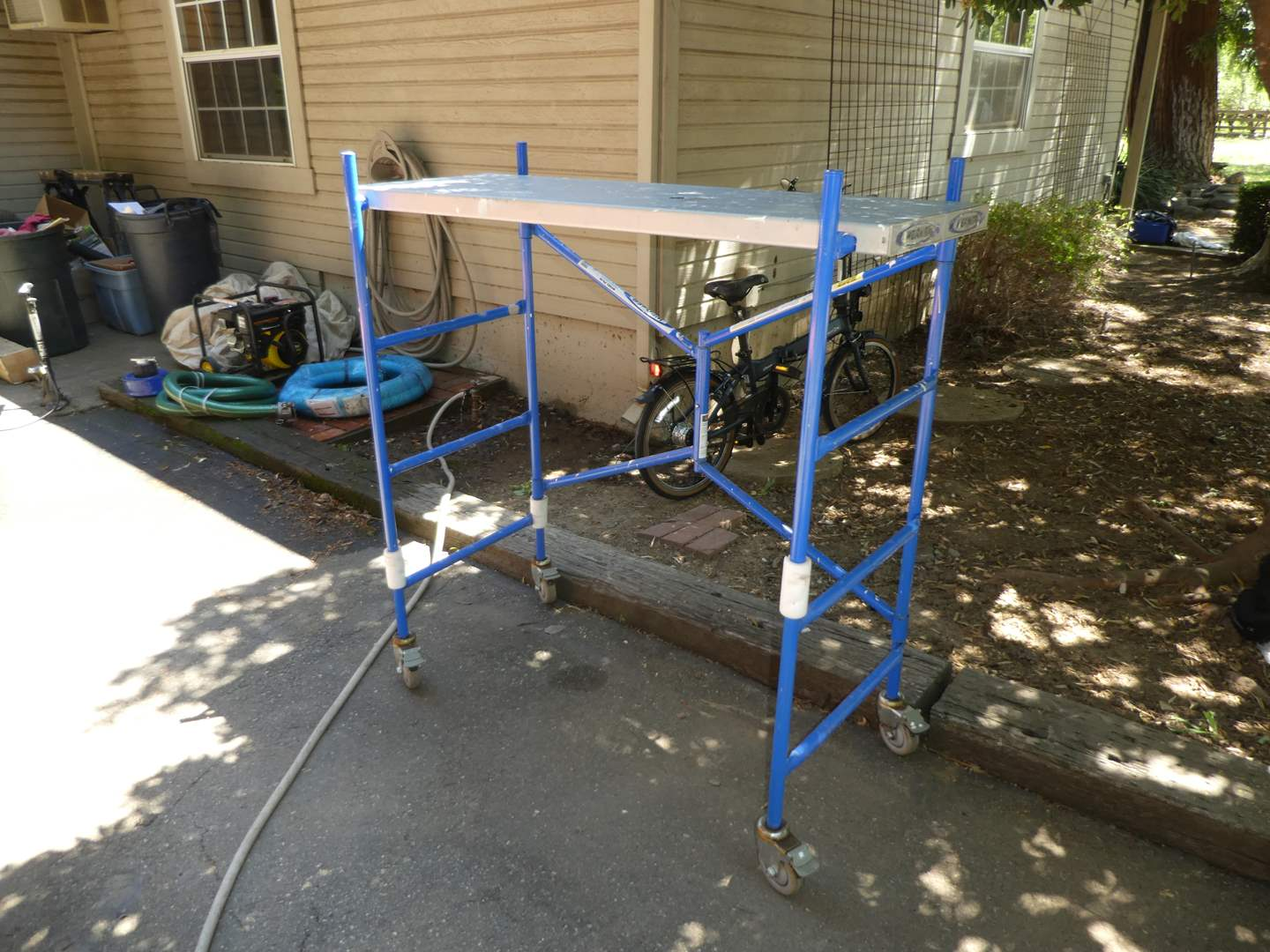 Lot # 230 - Werner Portable Scaffolding (Model PS-48)