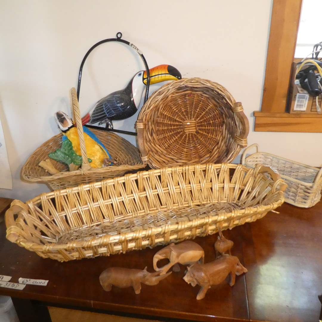 Lot # 224 - Baskets, Wooden Animal Figurines and Toucan and Parrot Display