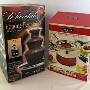 Lot # 22 - Chocolate Fondue Fountain and Electric Fondue