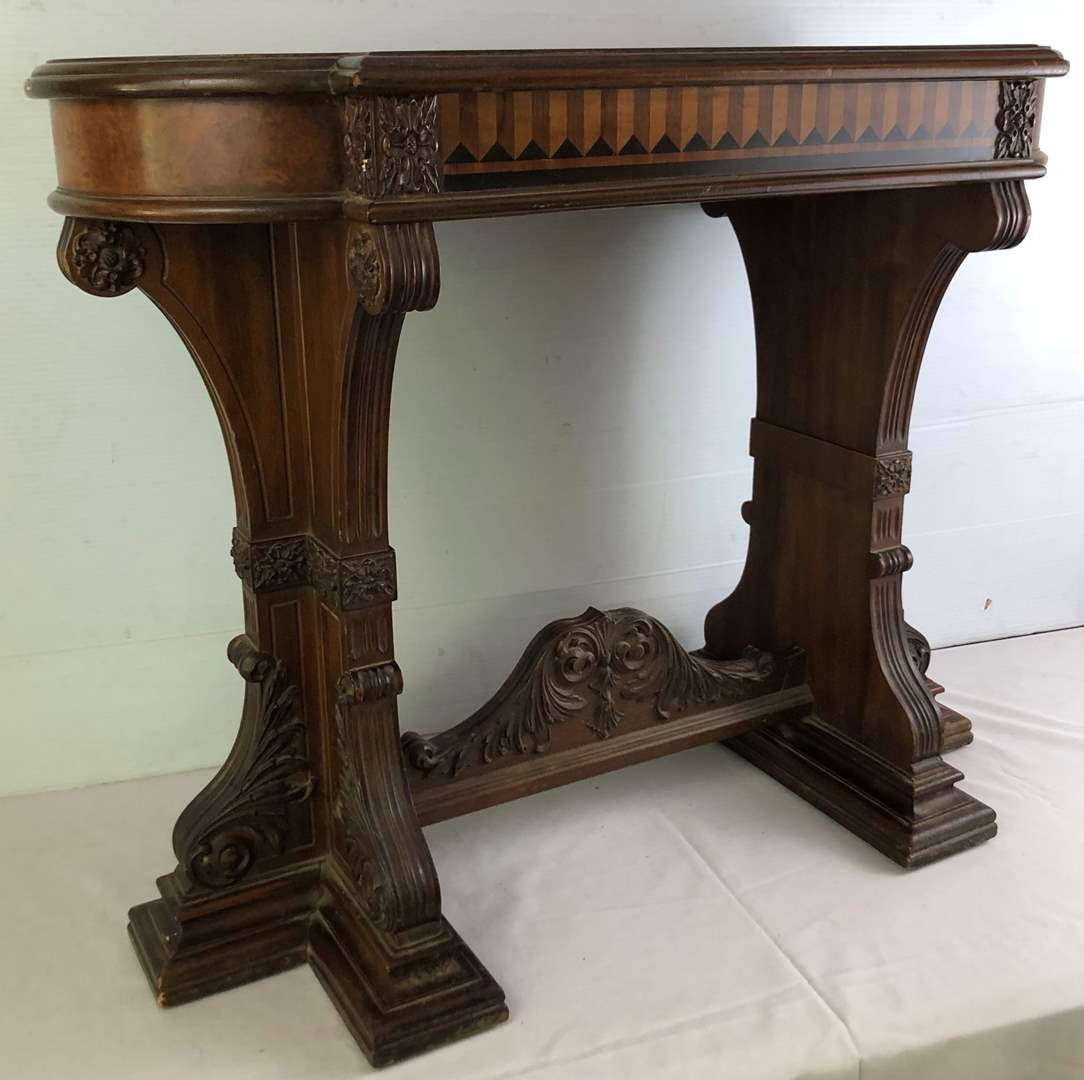 Lot # 26 - Antique Johnson-Handley-Johnson Side Table (main image)