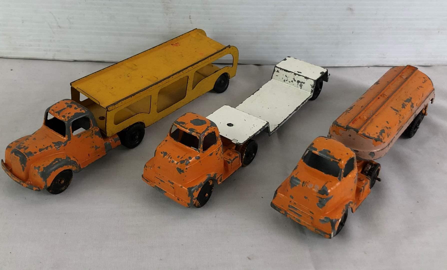 Lot # 30 - Lot of vintage toy trucks (main image)