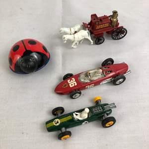Lot # 33 - Lot of vintage toys