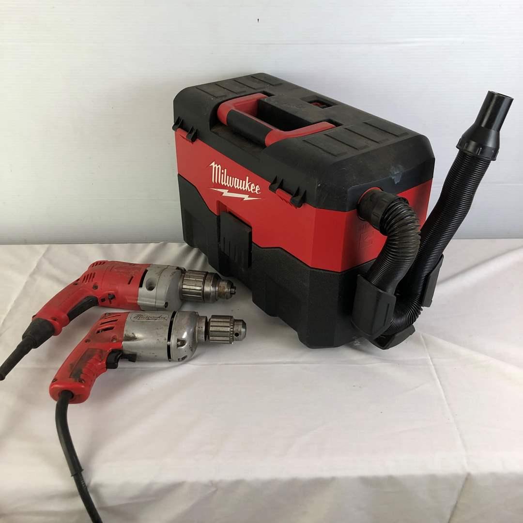 Lot # 39 - Milwaukee Tool Lot - Drills & Wet Vacuum (main image)