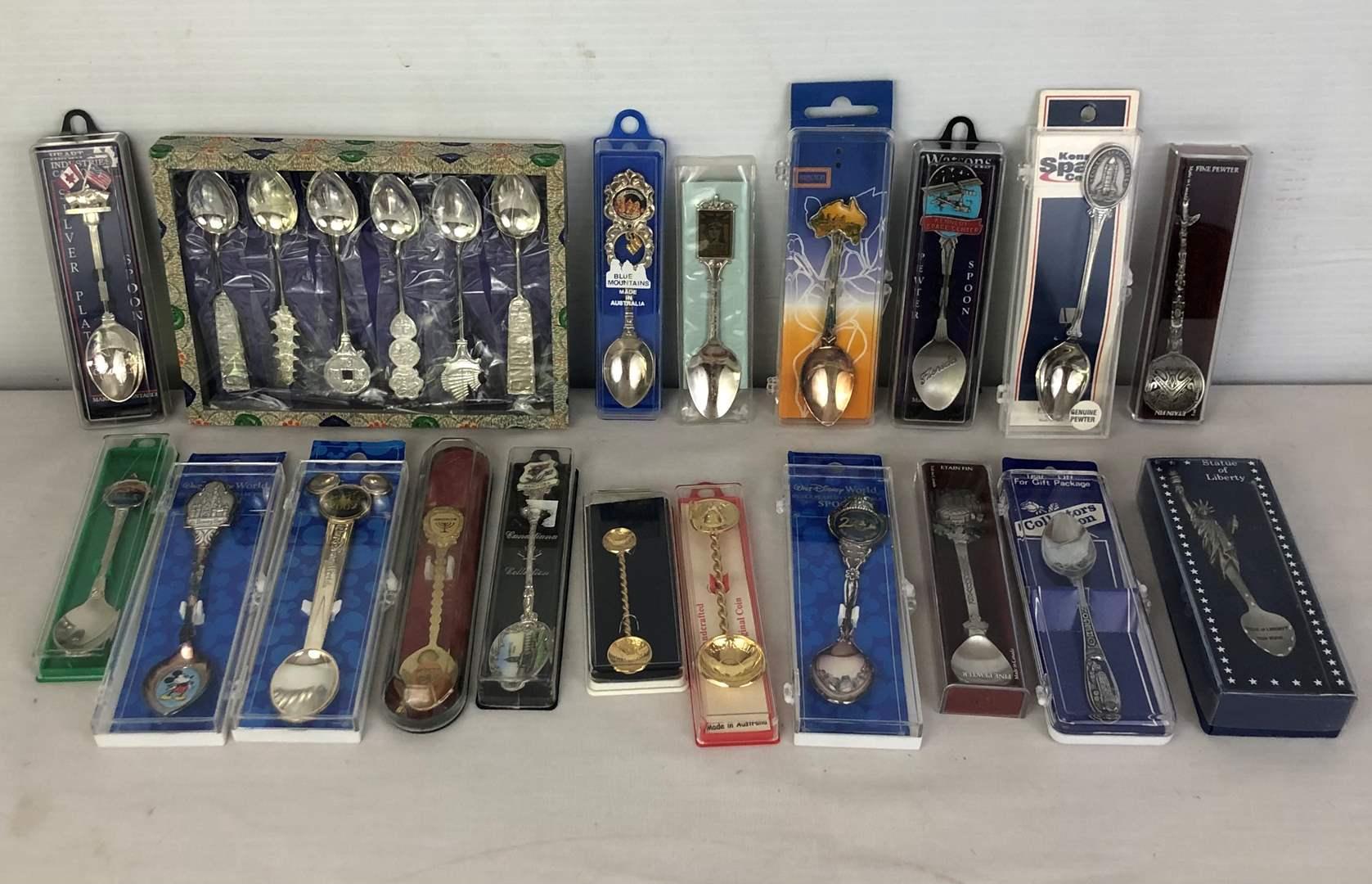 Lot # 108 - Lot of boxed souvenir spoons