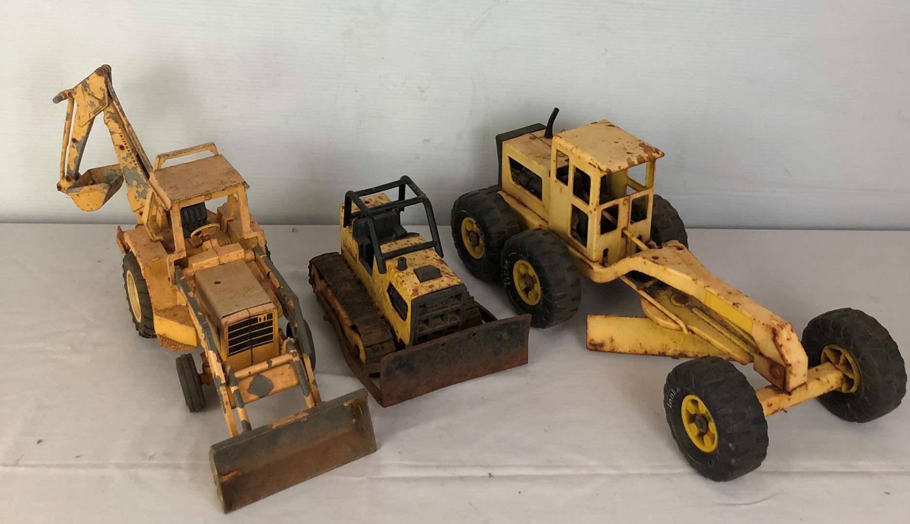 Lot # 139 - Vintage Tonka Truck Toys