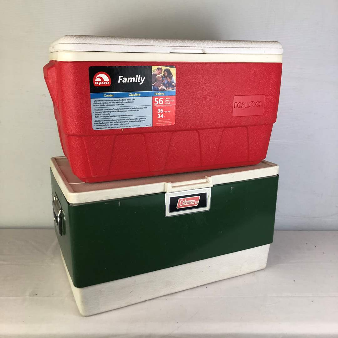 Lot # 140 - 2 Coolers - Igloo and Vintage Coleman (main image)