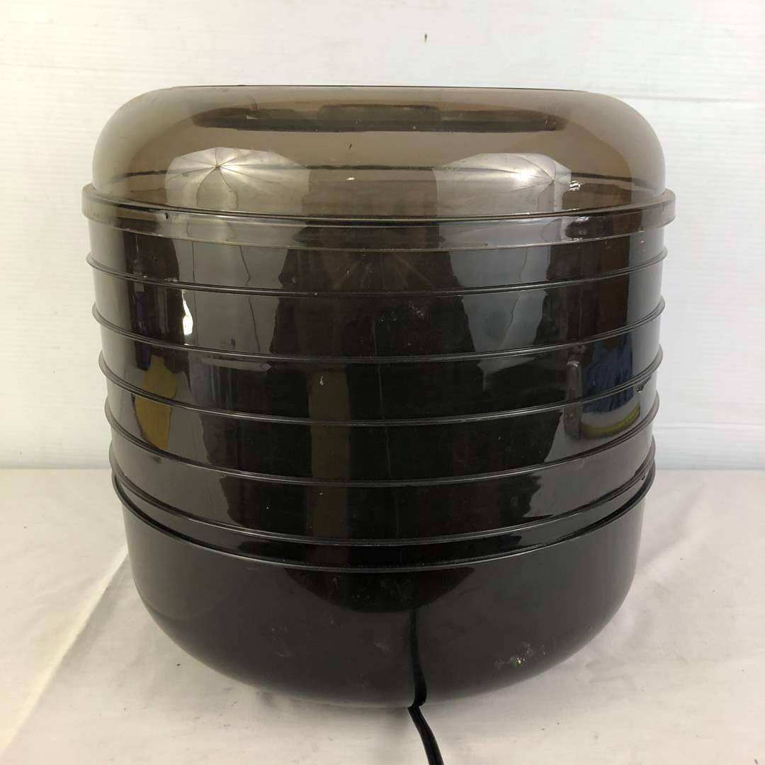 Lot # 151 - Electric Food Dehydrator Ronco (main image)
