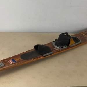Lot # 4 -   Vintage O'Brien Wooden Water Ski