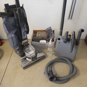 Auction Thumbnail for: Lot # 239 -  Kirby G4 Vacuum w/ Carpet Shampooing System and Attachments