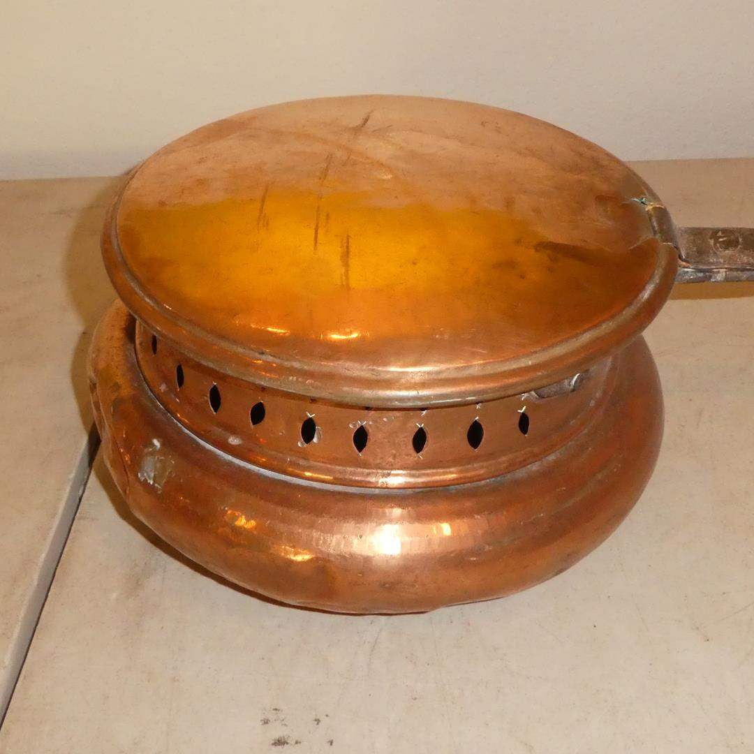 Lot # 123 - Antique Copper Popcorn Popper Bed Warmer Chestnut Roaster w/Wrought Iron Handle (main image)