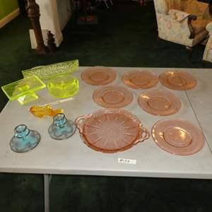 Lot # 139 - Vintage Art Deco Vaseline Glass & Depression Glass