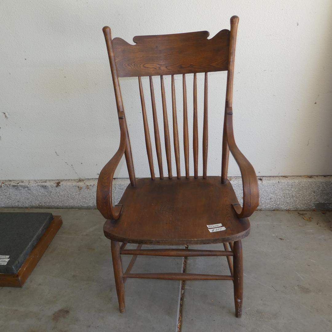 Lot # 604 - Antique Wooden Accent Chair - Nice Condition (main image)