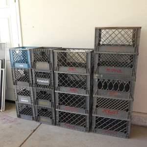 Lot # 609 - 17 Dairy Crates